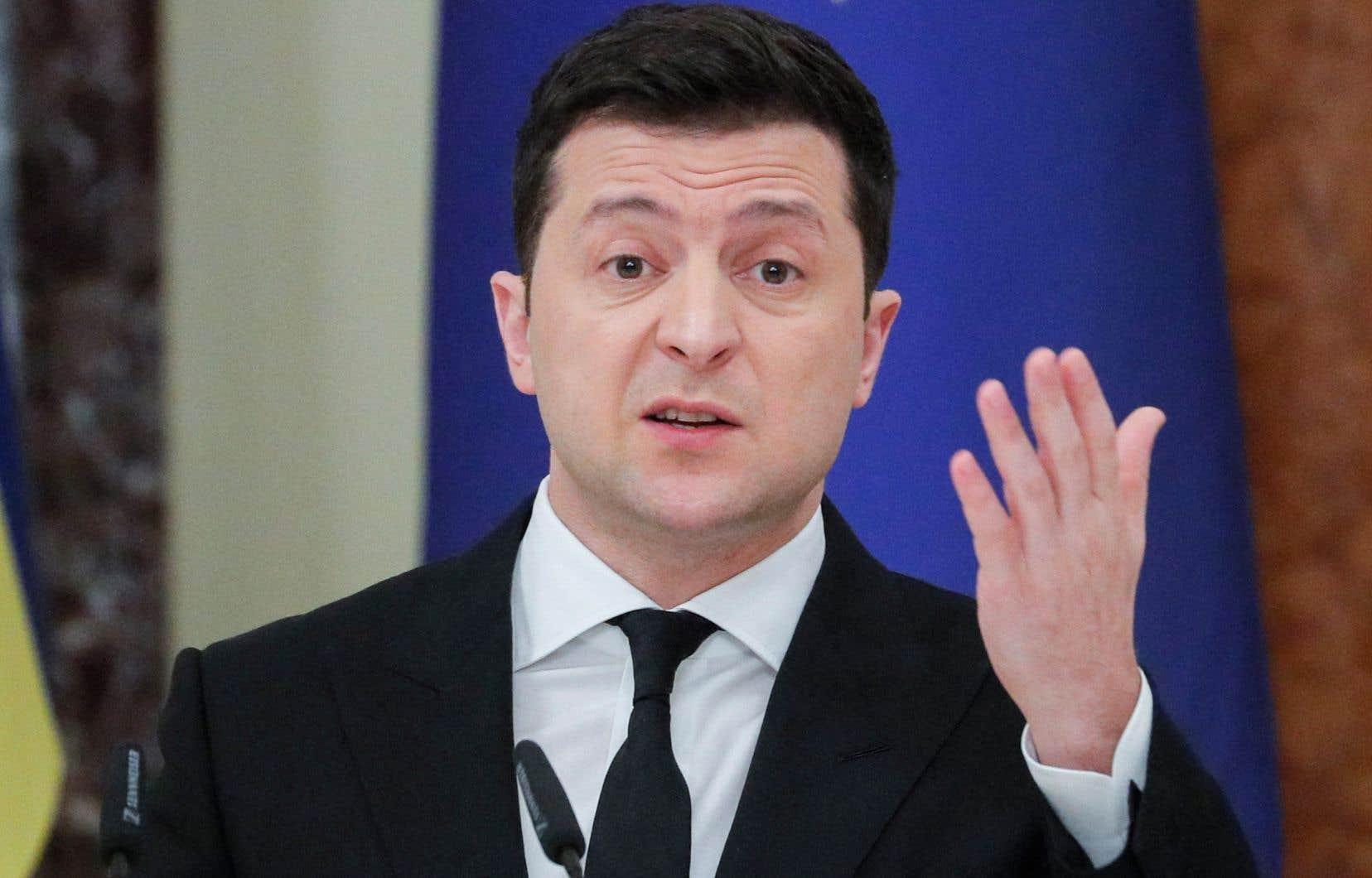 Le président ukrainien, Volodymyr Zelensky, a appelé mardi l'OTAN à accélérer l'adhésion de son pays afin d'envoyer un «vrai signal» à la Russie.