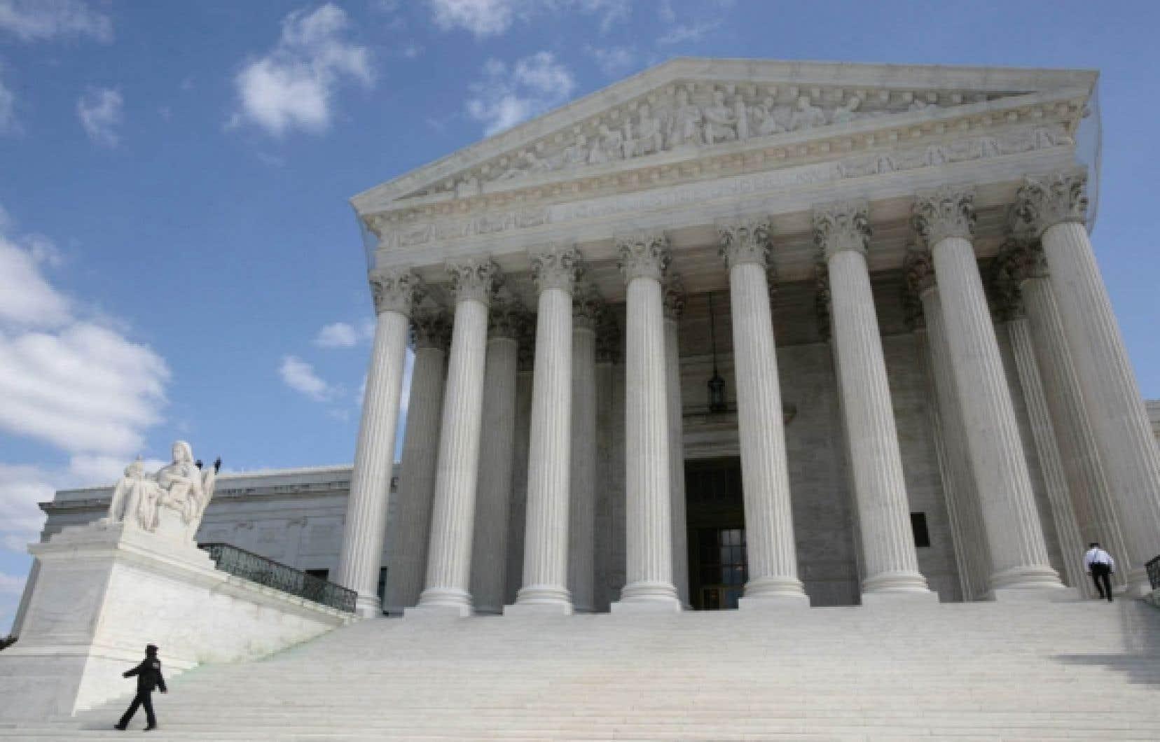 La Cour suprême des États-Unis, à Washington. La pensée juridique américaine essaime aujourd'hui largement dans l'établissement du droit collectif et individuel.<br />