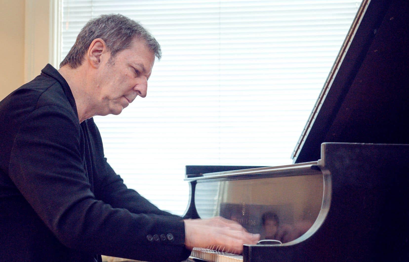 Les fans de François Bourassa reconnaîtront dans ce nouvel album le même appétit du compositeur pour les musiques classiques et contemporaines et pour le jazz exploratoire, «mais c'est sûr qu'en solo, le résultat est beaucoup plus intimiste», s'avance-t-il.