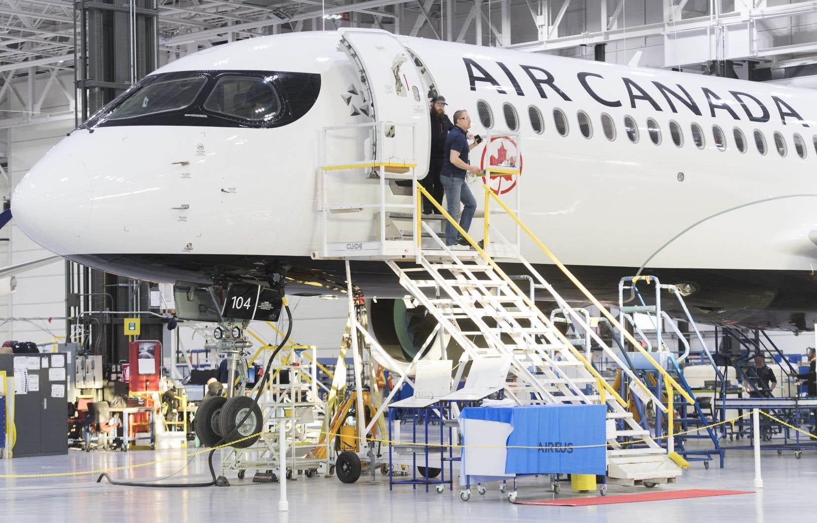 Les dernières annonces de commandes fermes d'avions commerciaux pour l'A220 d'Airbus remontent à janvier 2020.