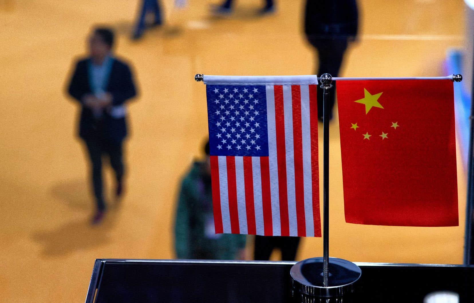 «Le tort de la Chine est d'avoir une économie qui fait ombrage à celle des États-Unis et de constituer le pivot d'une mondialisation de substitution à la mondialisation américano-centrée», estime l'auteur.<br />