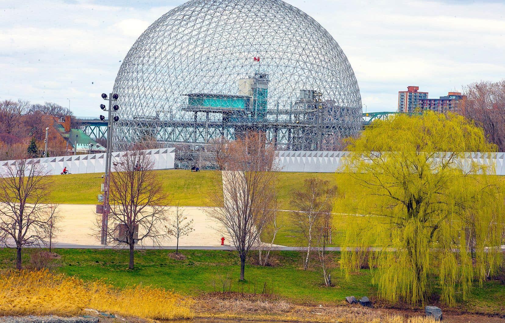Une somme de 15 millions de dollars sera consacrée à l'entretien et aux travaux de rénovation de la Biosphère. La somme restante de 30 millions financera les opérations et la présentation d'expositions pendant cinq ans, a expliqué lundi la mairesse Valérie Plante.