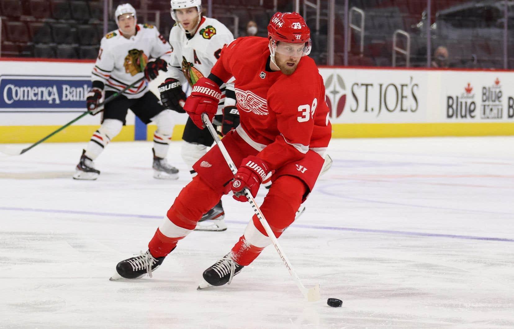 Les Red Wings ont échangé le franc-tireur Anthony Mantha aux Capitals en retour des attaquants Jakub Vrana et Richard Panik, ainsi que des choix de première ronde en 2021 et de deuxième ronde en 2022.