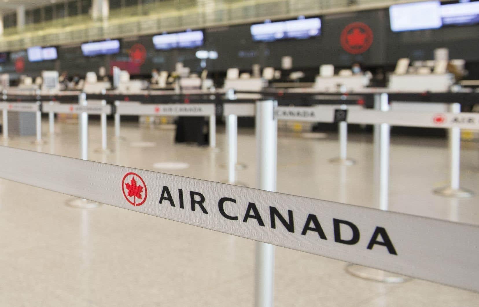 L'annonce survient au lendemain de la conclusion d'un plan d'aide pouvant atteindre 5,9 milliards de dollars entre Air Canada et le gouvernement fédéral, qui deviendra notamment actionnaire de la compagnie aérienne.