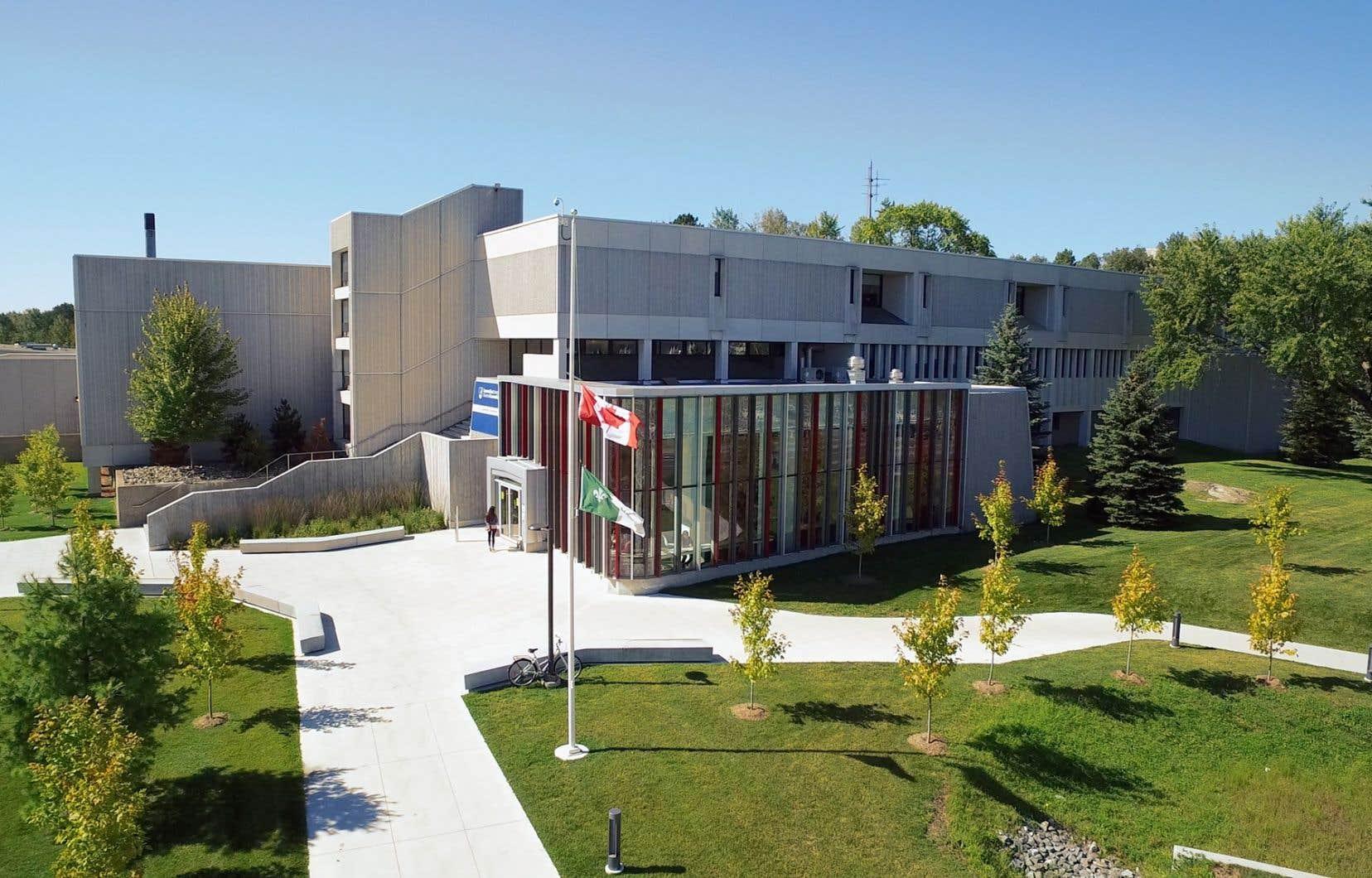 L'Université Laurentiennede Sudbury s'est placée sous la protection de la Loi sur les arrangements avec les créanciers des compagnies depuis le 1erfévrier dernier.