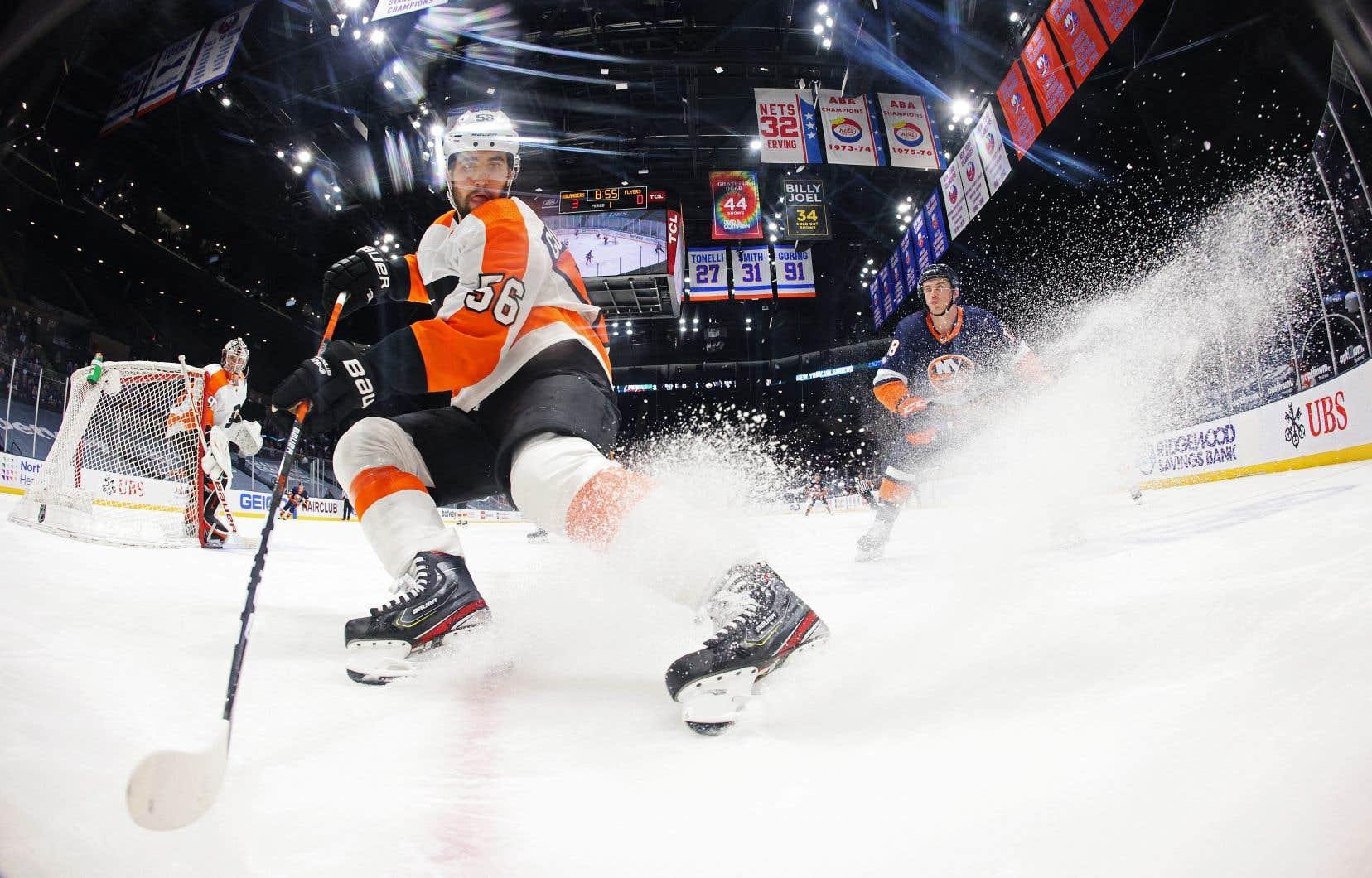 Acquis par le Canadien de Montréal lundi, Erik Gustafsson n'a pas voulu revenir sur son séjour avec les Flyers de Philadelphie.