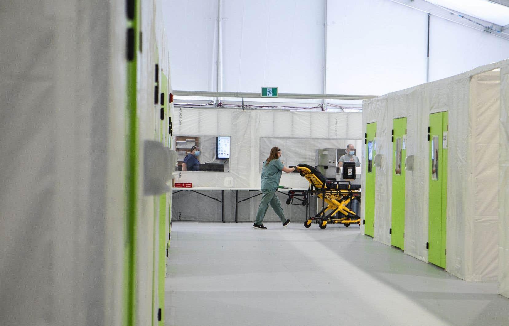 Les nouvelles règles empêchent les infirmières de travailler à la fois pour le réseau public et le réseau privé de santé.