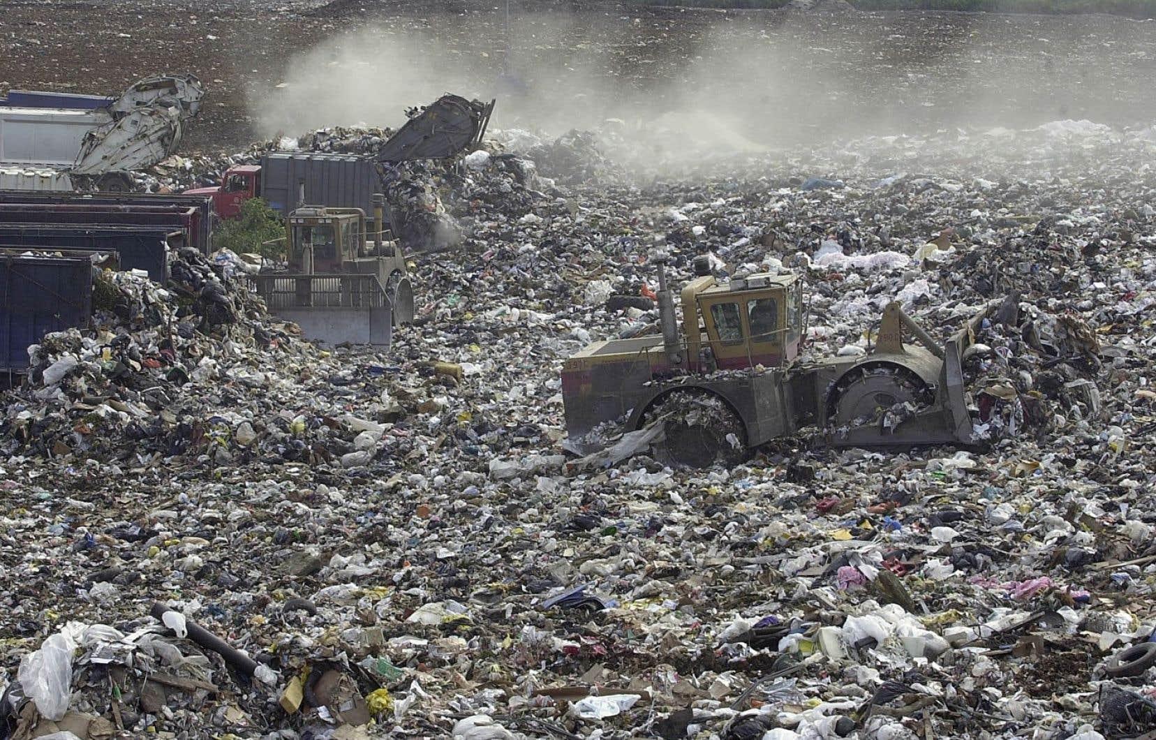 La province a envoyé pas moins de 1,2million de tonnes de matières recyclables au dépotoir au cours de l'année 2019-2020.
