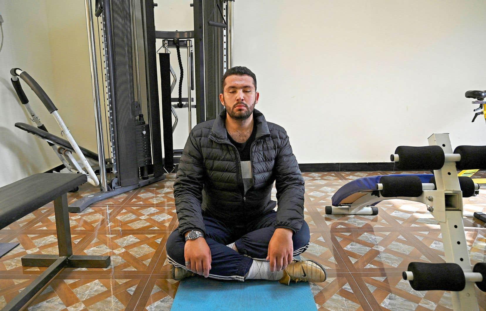 Pour maîtriser l'art de la récitation du Coran et devenir un Qari, Hassan Ali Kasi a dû suivre un régime strict de yoga, de vocalises et de restrictions alimentaires.