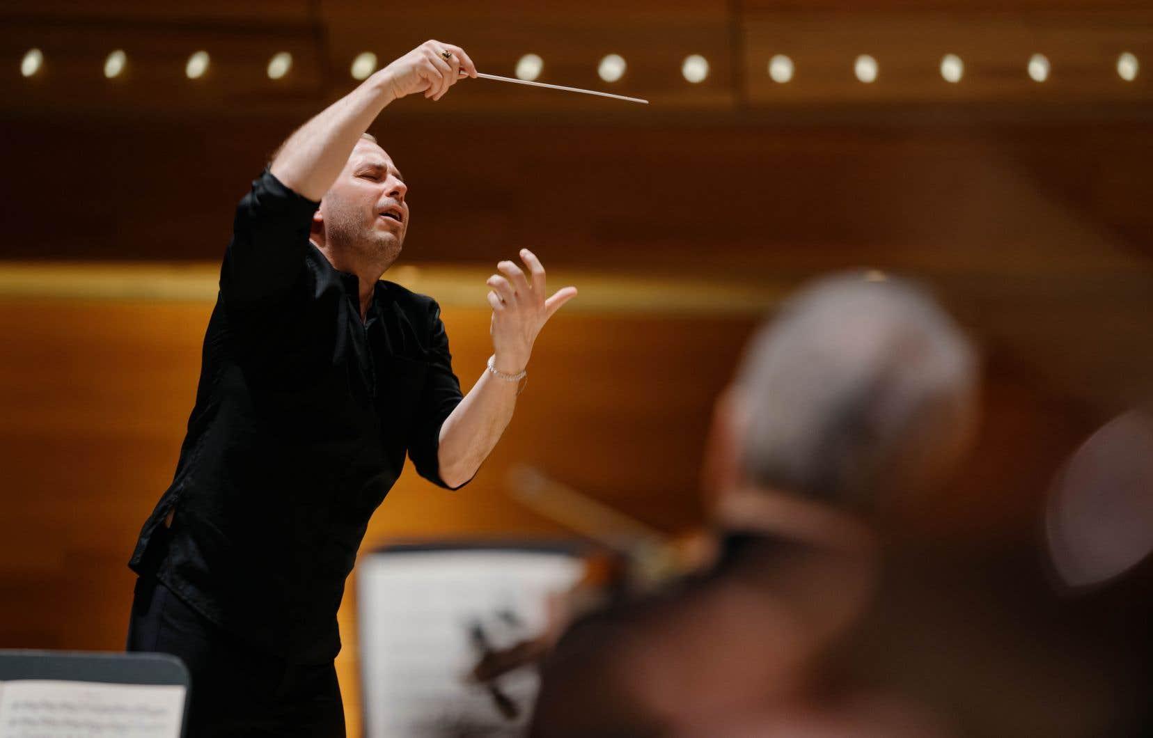Le travail de Yannick Nézet-Séguin comportait quelques idées cruciales, comme une manière très raffinée de cerner la première note, suspendue dans l'air.