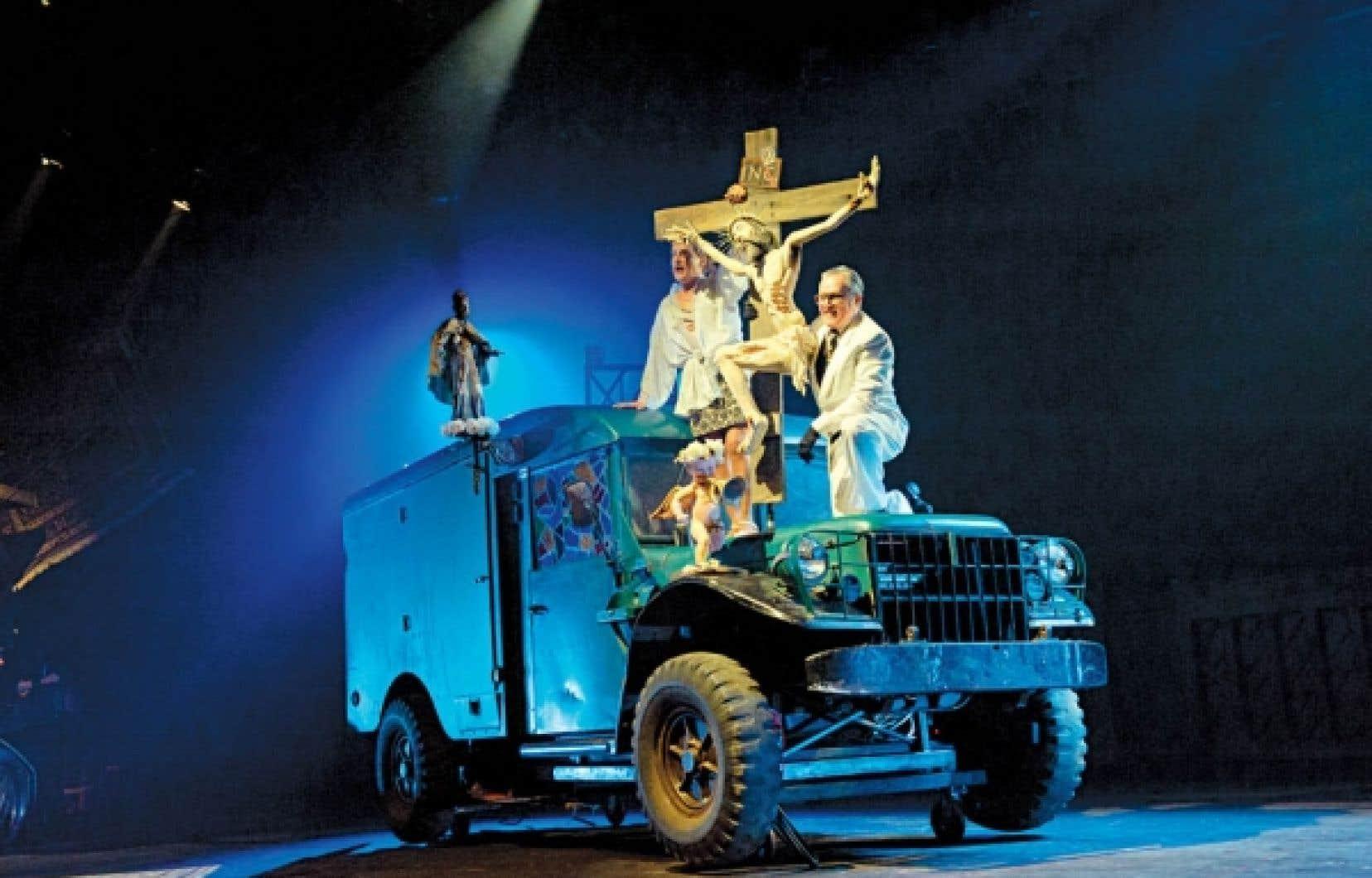 Dans L&rsquo;Op&eacute;ra de quat&rsquo;sous, le camion-roulotte est magnifiquement exploit&eacute;.<br />