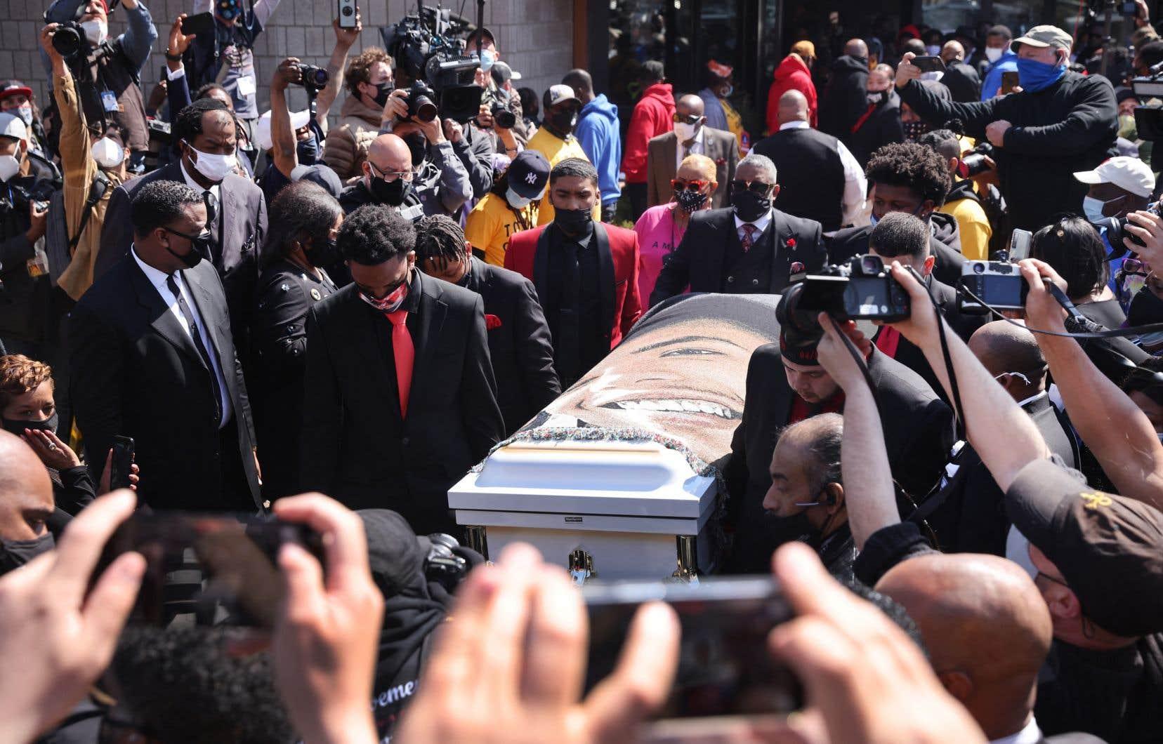 Après l'enterrement, Daunte Wright reposera au cimetière Lakewood.