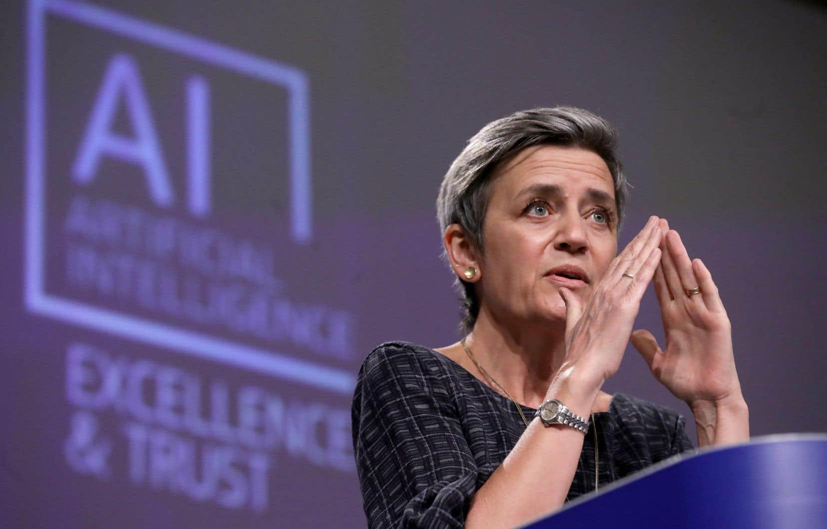 Margrethe Vestager, vice-présidente de la Commission européenne, a présenté le projet de régulation de l'usage de l'intelligence artificielle à Bruxelles mercredi.