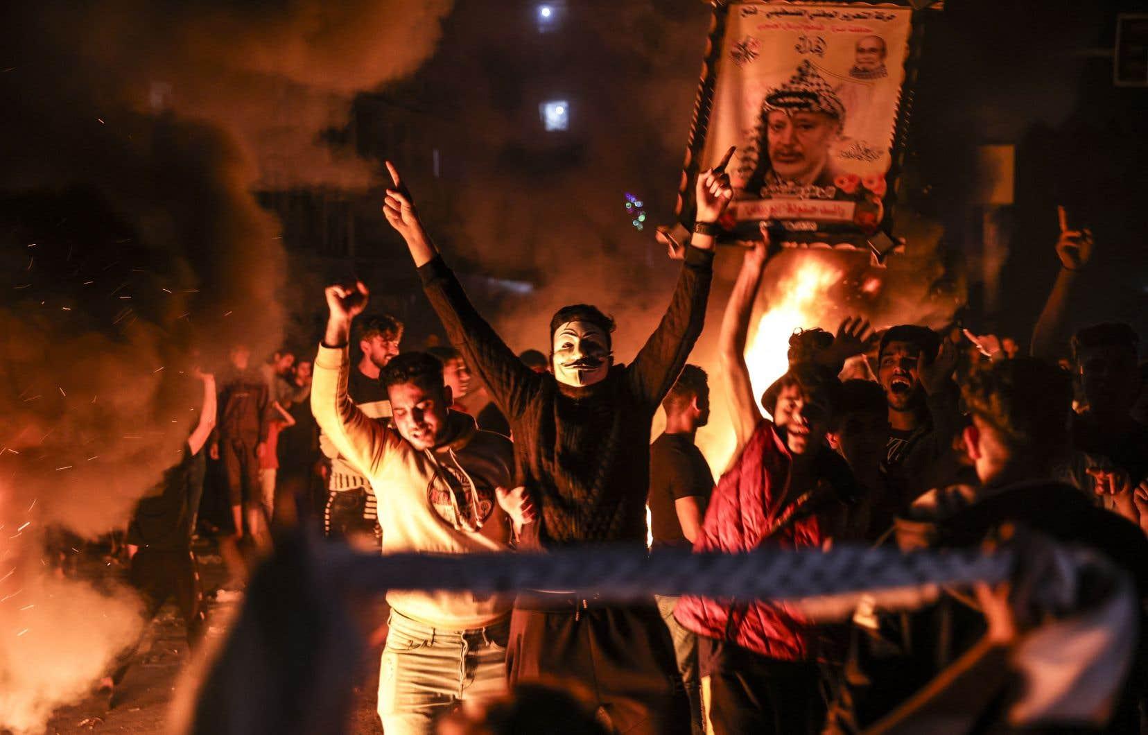 Six Palestiniens ont été blessés, dont cinq ont été traités sur place, a indiqué le Croissant-rouge palestinien.