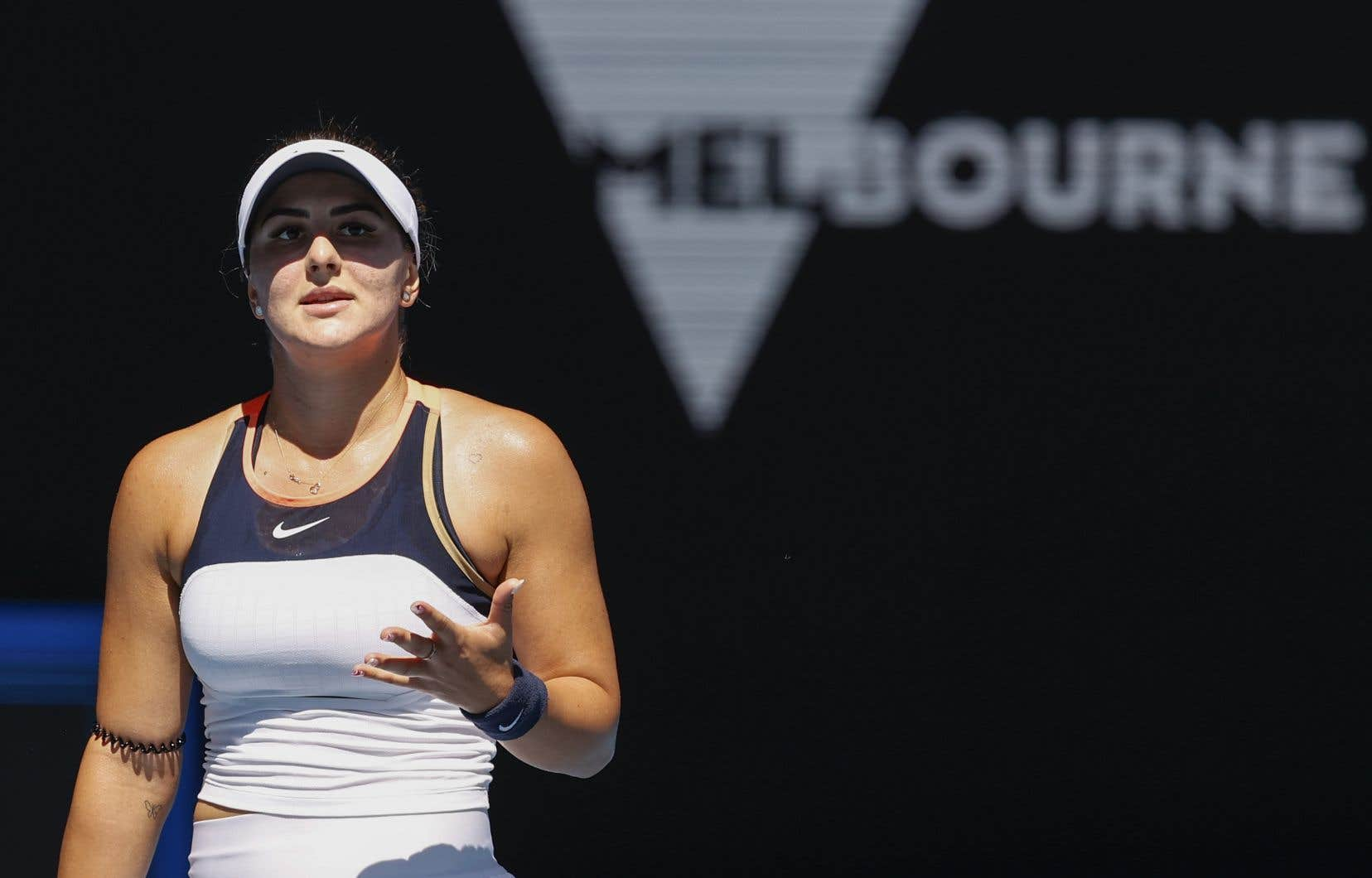 «J'espère pouvoir retourner sur le court très bientôt», a conclu Andreescu.