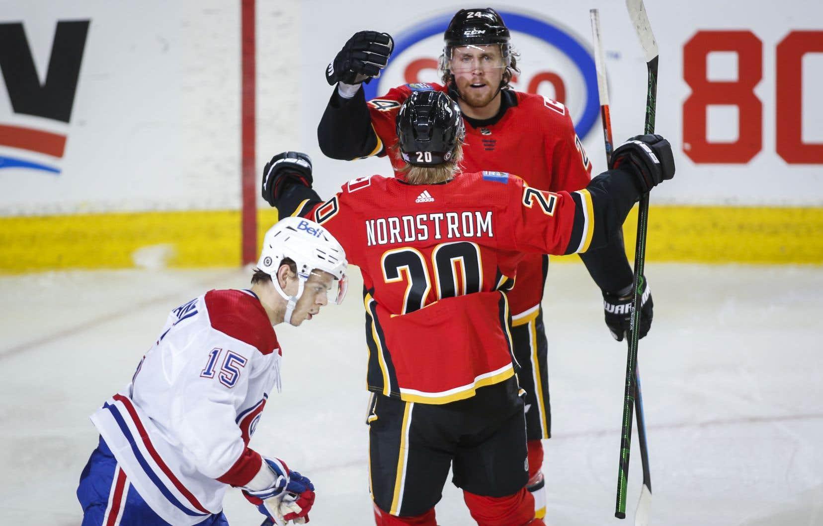 Le Canadien deMontréal a perdu 5-2 face aux Flames de Calgary, samedi soir. Le Tricolore affrontera de nouveau l'équipe albertaine lundi, soit la dernière rencontre de la saison entre les deux formations.