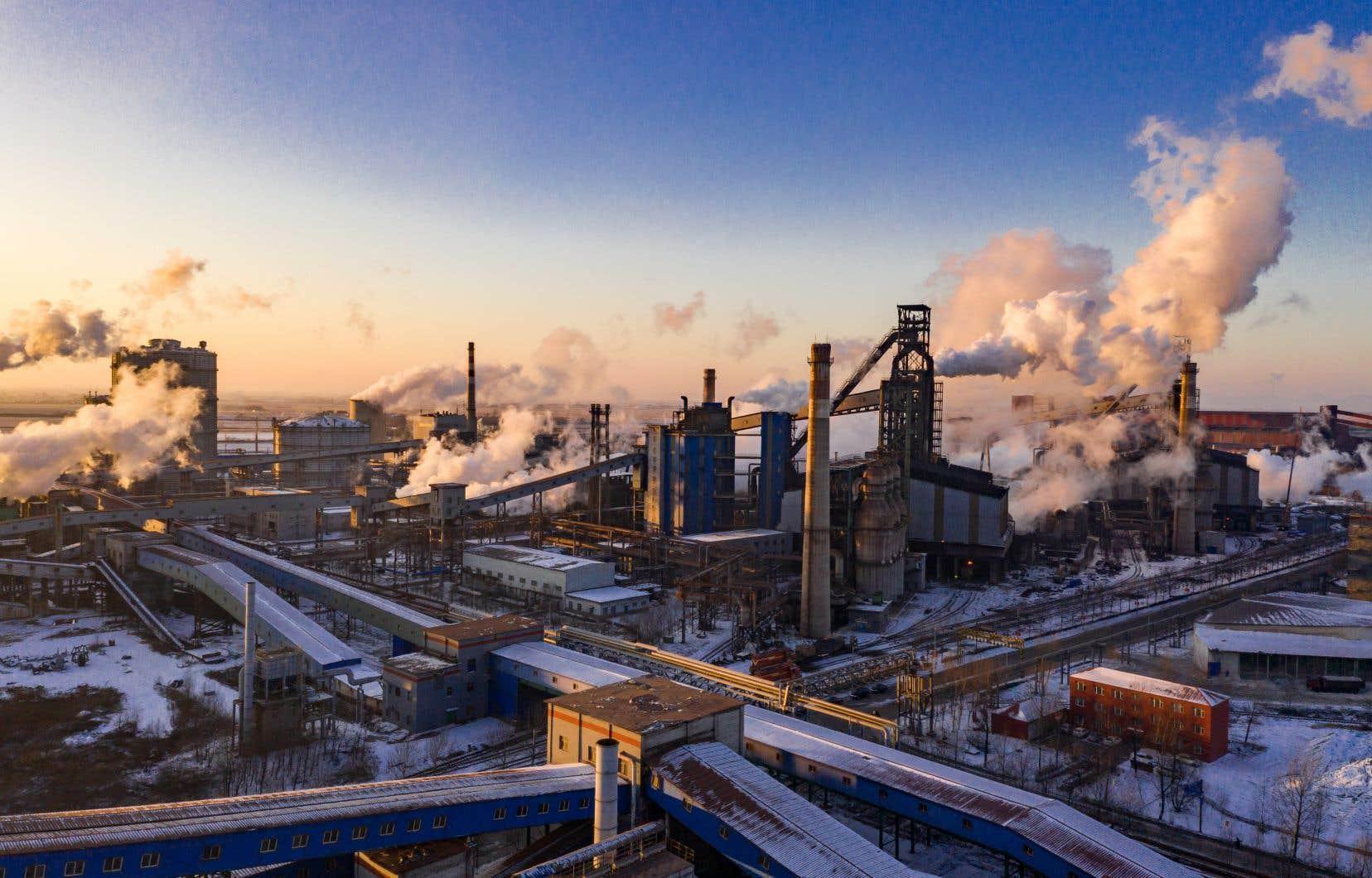 «Les conclusions d'études scientifiques récentes sont unanimes, remarque l'auteur du texte: quand il y a croissance du PIB, il y a croissance de la quantité de matière et d'énergie consommées, et de déchets produits.»