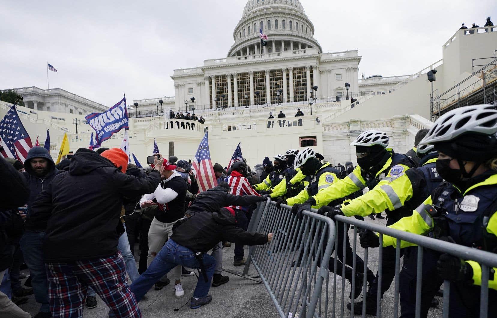 Le 6 janvier dernier, des partisans de Donald Trump ont pris d'assaut le Capitole de Washington pour protester contre les résultats de l'élection présidentielle. Selon les spécialistes, le débordement est la conséquence d'un courant populiste bien enraciné.