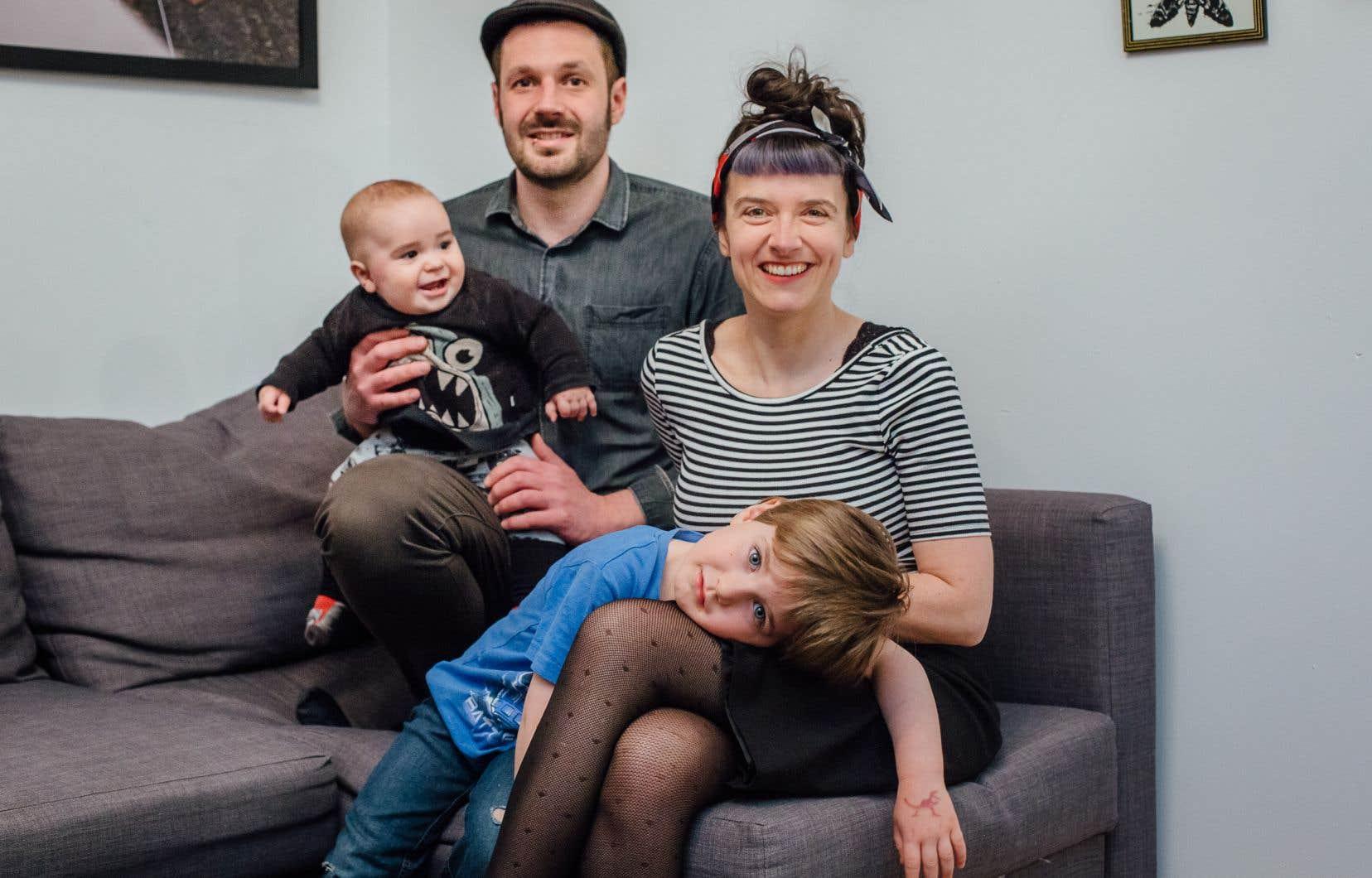 La neuropsychologue Marjolaine Masson, qui a convaincu son conjoint de venir la rejoindre au Québec en 2015, attend sa résidence permanente depuis deux ans et demi. Elle vient d'accoucher d'un deuxième enfant né dans la province.