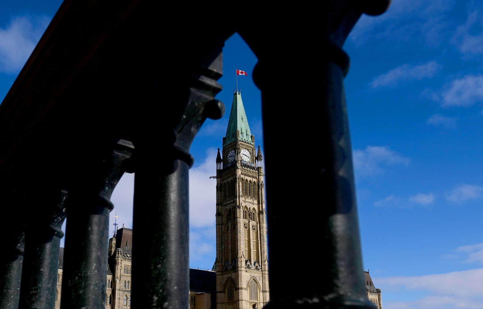 Les menaces contre les élus canadiens sont parfois telles que plus de 35% des répondants à notre sondage disent avoir porté plainte à la police, dont 15% qui ont dû le faire à plus d'une reprise.
