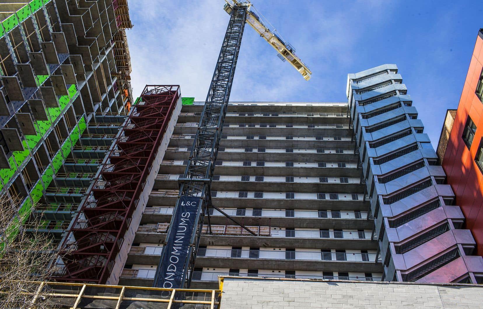 Le Canada est d'ailleurs l'un des pays où la situation en matière d'abordabilité des logements «s'est le plus dégradée dans le monde» dans les dernières années, soulève le professeur Jean-Philippe Meloche.