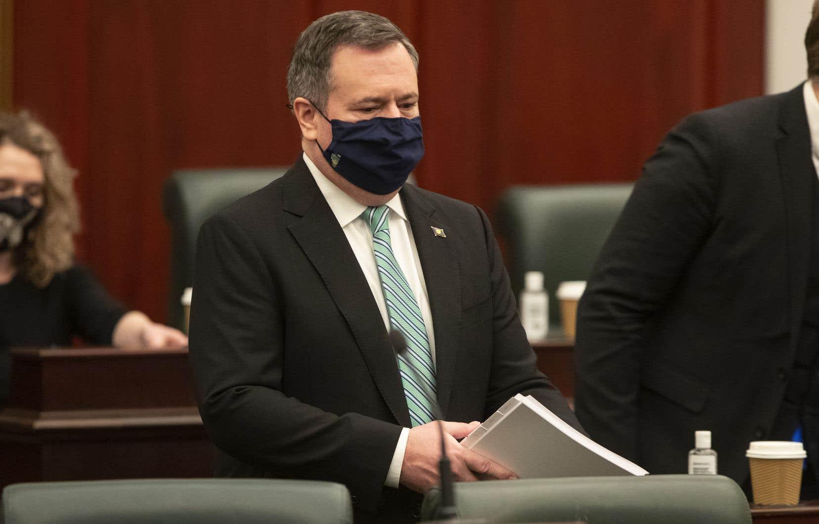 Le premier ministre albertain, Jason Kenney, a déclaré que les trois prochaines semaines seraient critiques et que la province risque la catastrophe si la propagation du virus n'est pas rapidement maîtrisée.