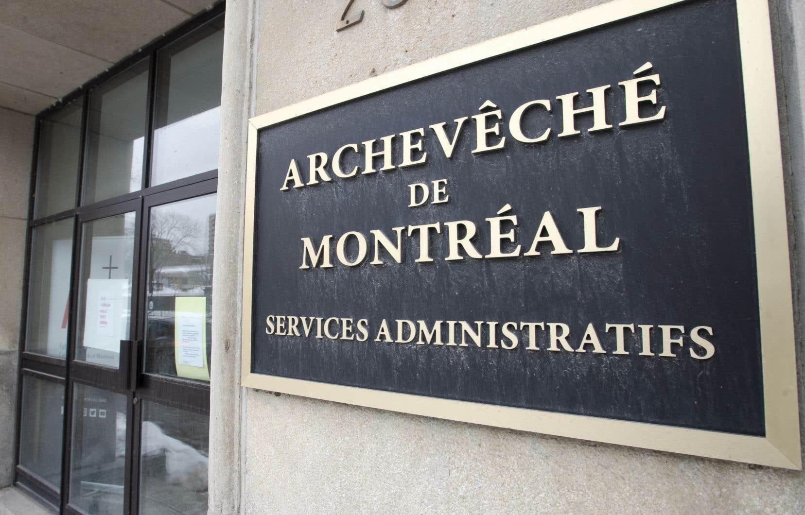 «Personne ne pourra fermer les yeux et se dégager de sa responsabilité pour quelque motif que ce soit», a affirmé d'entrée de jeu l'archevêque de Montréal, Mgr Christian Lépine.