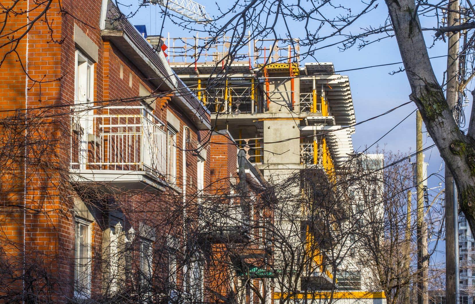 L'obligation de divulguer dans un bail le loyer payé précédent existe depuis au moins 1994 dans le Code civil du Québec.