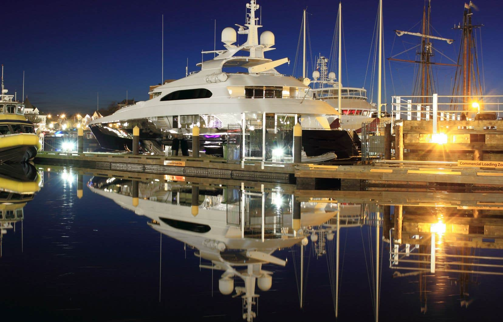 Dans son dernier budget, le gouvernement Trudeau a annoncé la création d'une nouvelle taxe de 10 % qui s'appliquera à l'achat de voitures, de bateaux et d'avions privés de luxe qui devrait rapporter 600 millions de dollars sur cinq ans.