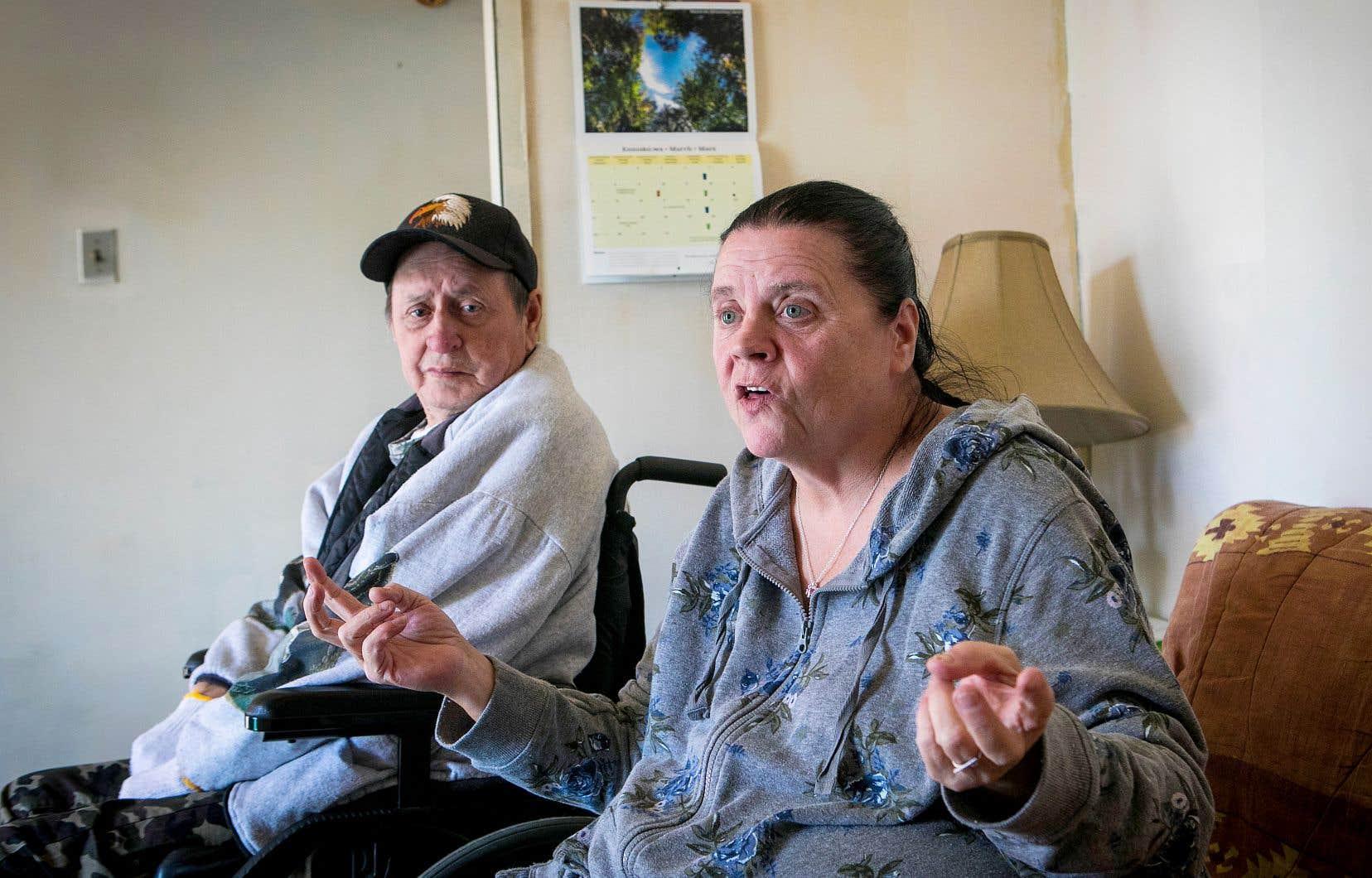 Après que son mari, Winston Soenrese Nelson, a été traité «comme un chien» à son retour de l'hôpital de Saint-Eustache, Cheryl Scott a entamé des démarches pour déposer une plainte formelle au CISSS des Laurentides.
