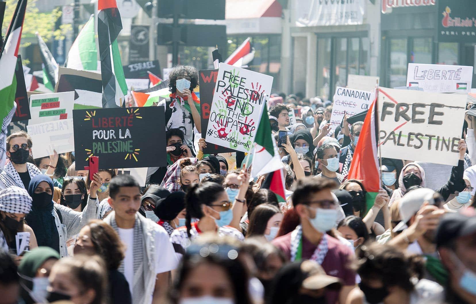 Les manifestants ont été invités à converger devant le consulat général israélien, dans Westmount, en après-midi.