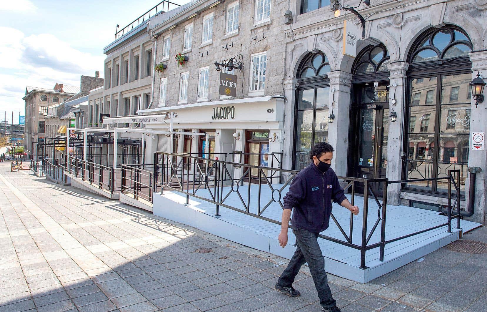 Les restaurateurs attendent de pied ferme d'avoir la permission de rouvrir leurs terrasses.