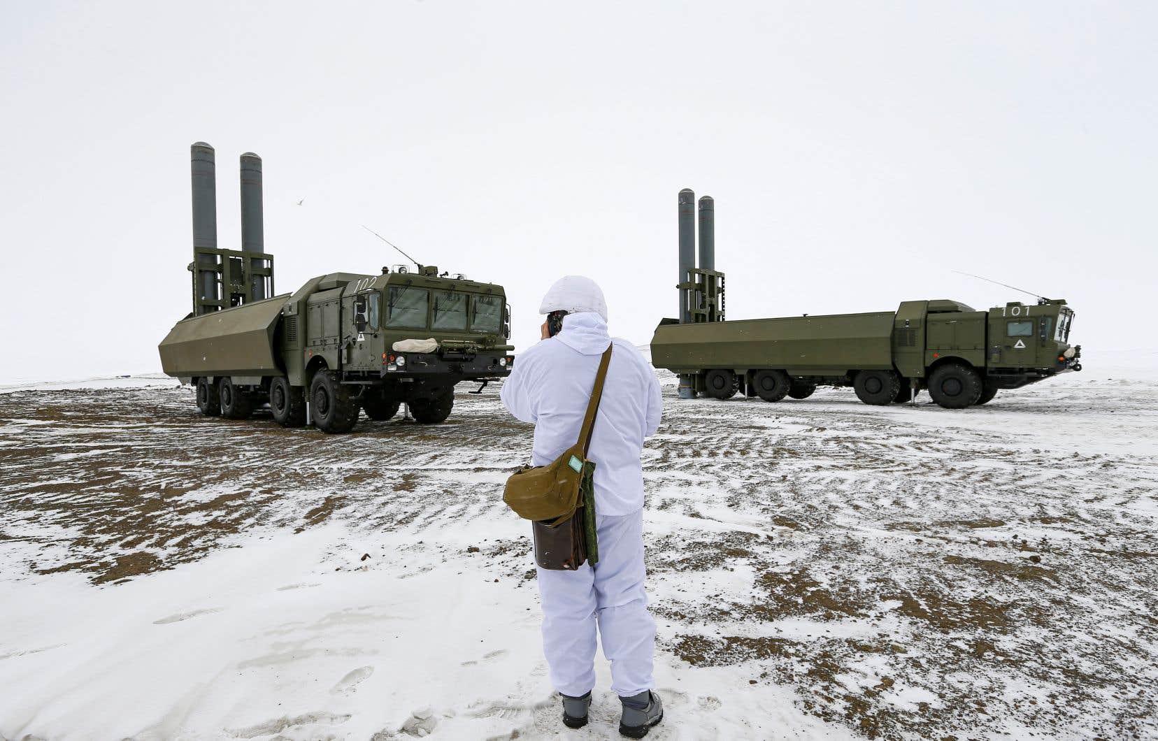 La Russie réitère son droit de défendre son littoral, mettant en garde l'Occident contre ses ambitions dans la région.