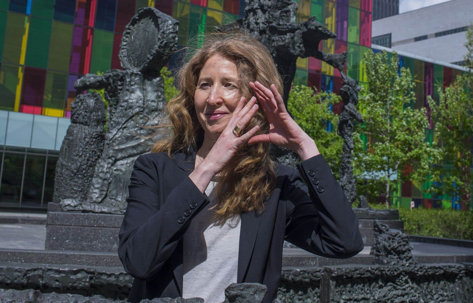 L'art est un outil exceptionnel pour marquer l'âme d'un  réseau, selon la conservatrice de la Caisse  de dépôt  et placement  du Québec,  Marie-Justine Snider.