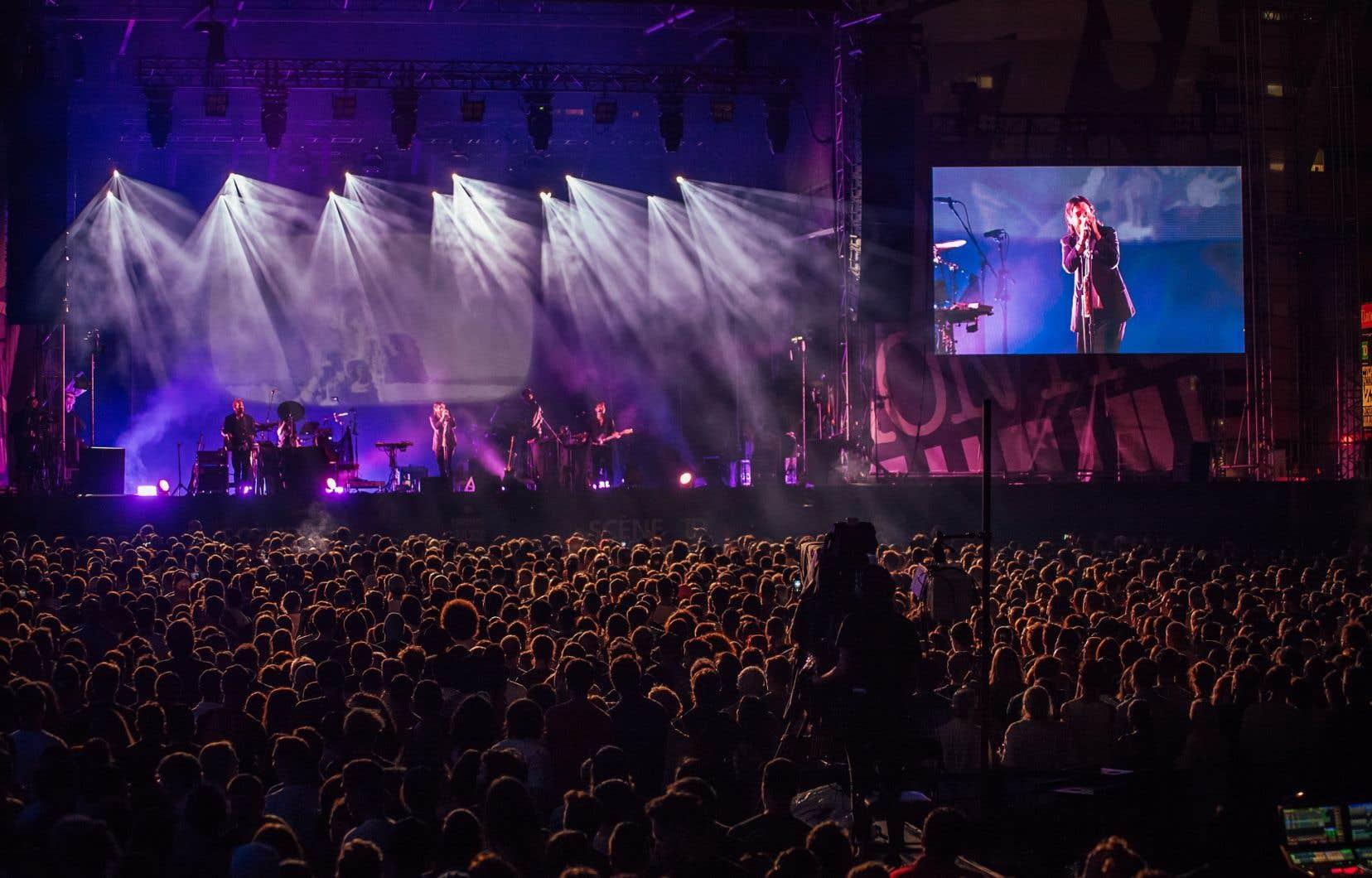 Nick Murphy et son orchestre au Festival de jazz de Montréal en 2019.