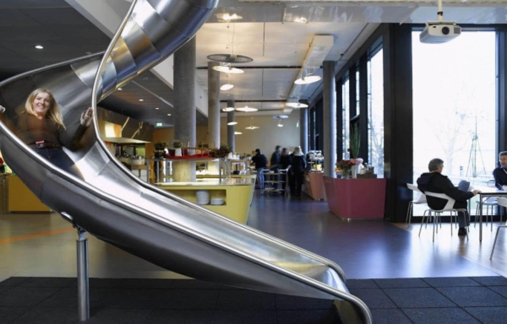 La «ludification» de l'environnement est stimulée par des entreprises qui ne se privent pas, elles-mêmes, pour y succomber, comme en témoigne ce cliché du quartier général de Google en Californie.<br />