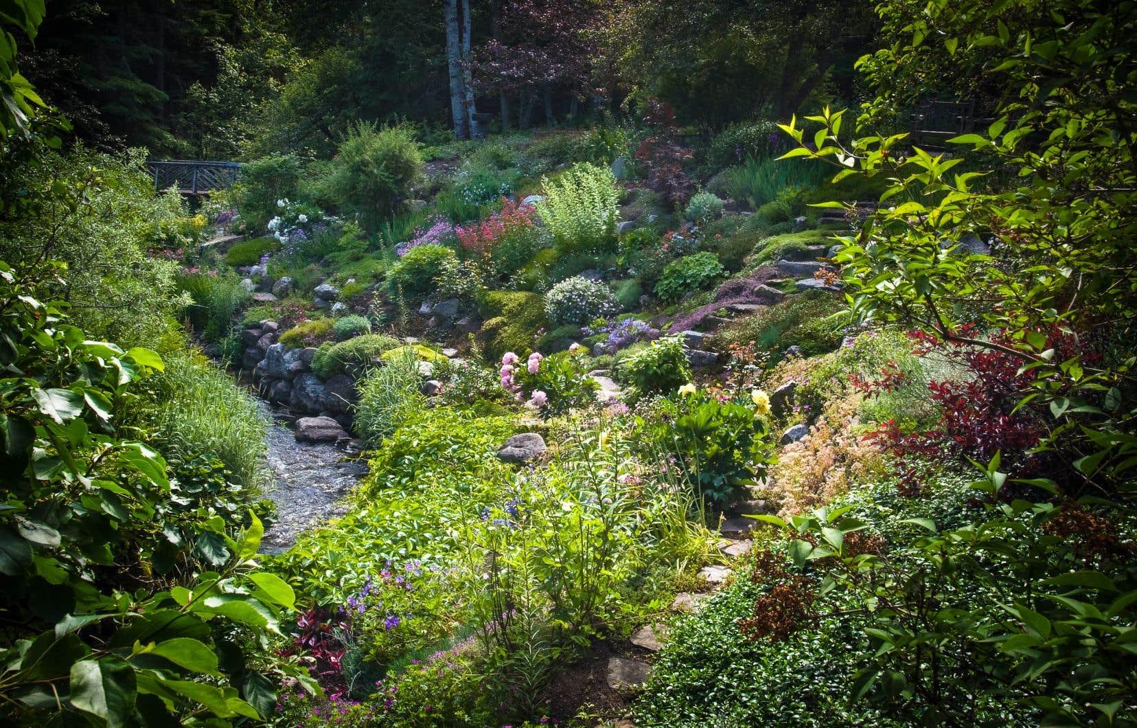 Les Jardins de Métis regroupe une quinzaine de jardins (dont celui du ruisseau, en photo) valorisant l'art paysager anglais au cœur d'un environnement naturel.