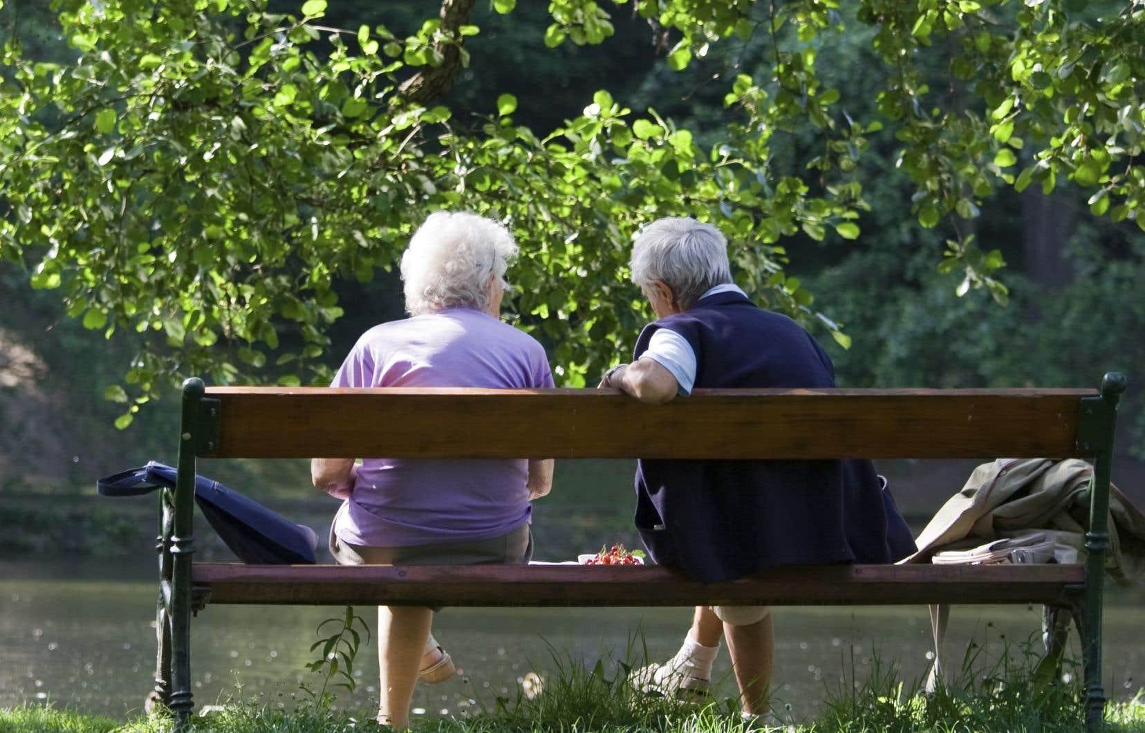 L'exclusion des Canadiens âgés de 65 à 74ans pour cette bonification à venir à suscité «beaucoup d'inquiétudes et de frustrations» chez les principaux intéressés, selonBill VanGorder, de l'Association canadienne des individus retraités.