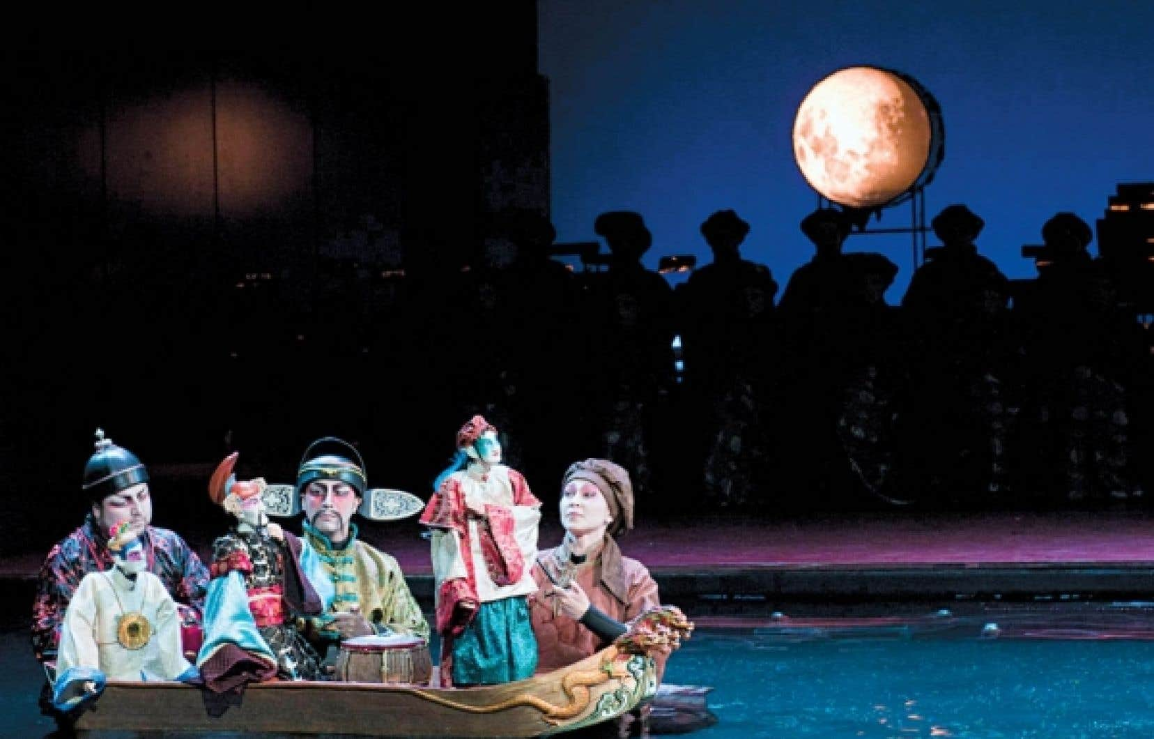 Le Rossignol et autres fables, sur des musiques d'Igor Stravinski, mis en scène par Robert Lepage.
