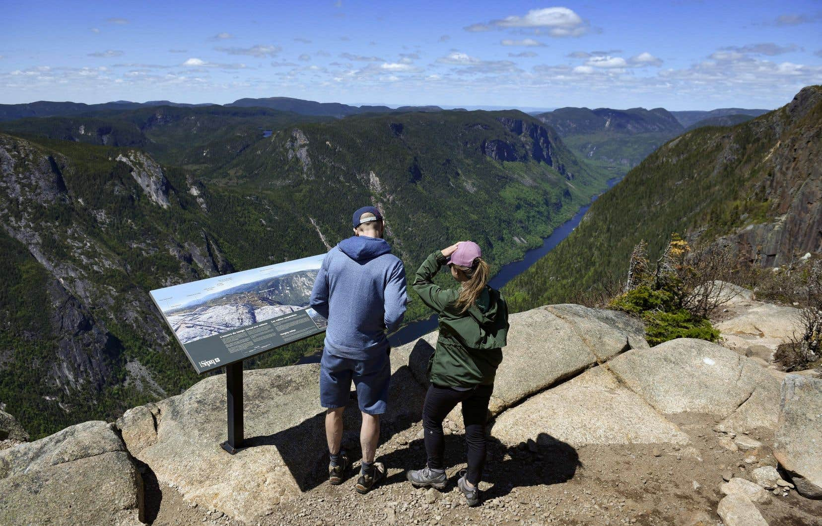 L'année 2021 s'annonce comme une des plus achalandées dans les parcs de la Sépaq après une hausse record de 14% de l'achalandage en 2020.