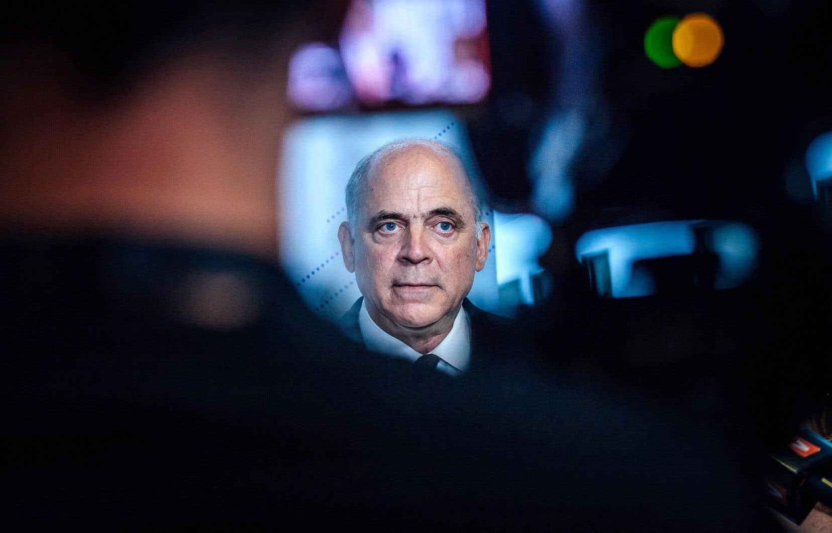 À son entrée en politique, l'ancien ministre de l'Économie Pierre Fitzgibbon détenait des actifs dans 13 sociétés privées. Il les a retirés de 11 d'entre elles.