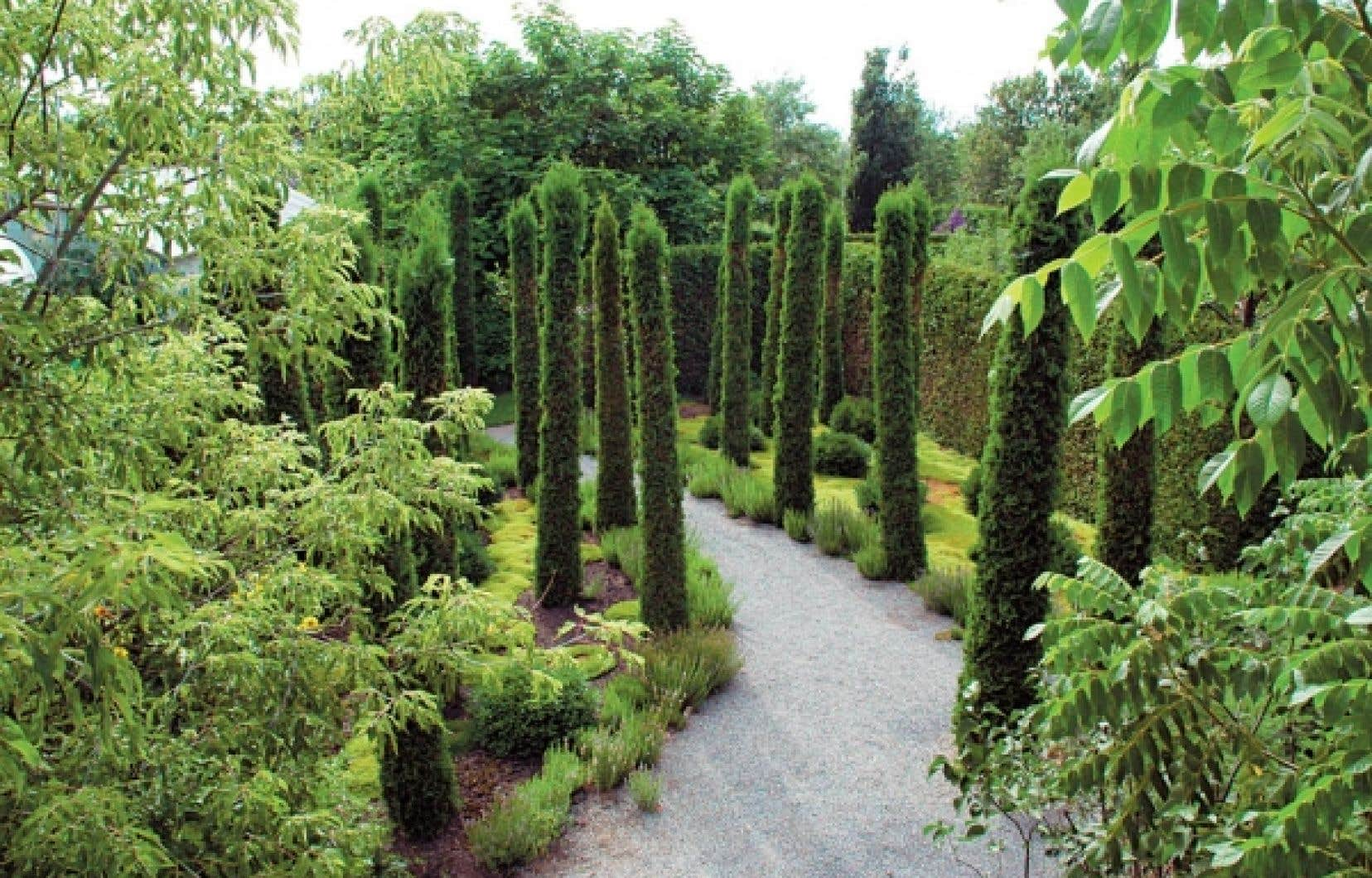 Le jardin des curiosités, une petite perle aménagée en bordure du Richelieu, à Saint-Ours<br />