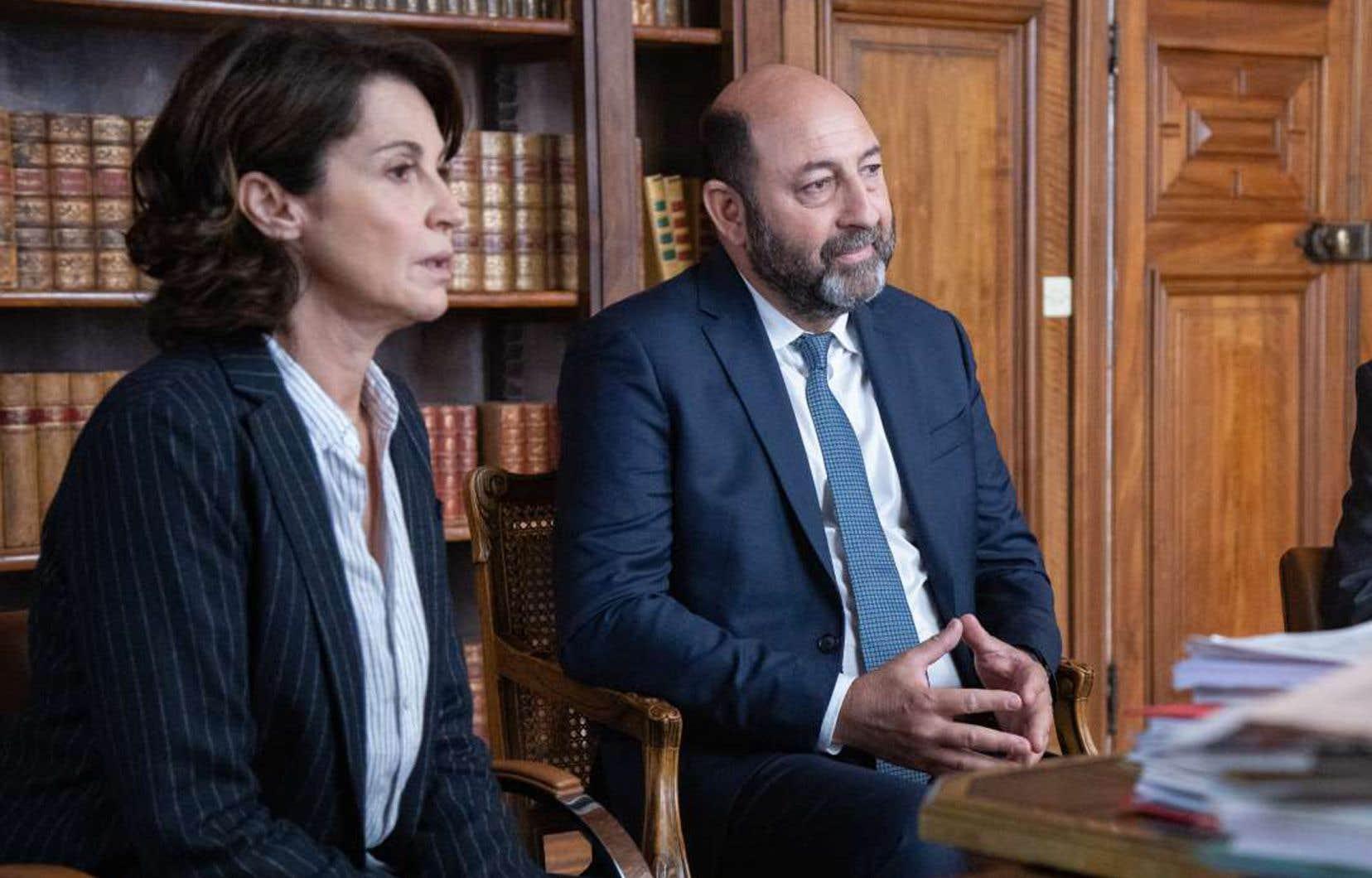 Les acteurs Zabou Breitman et Kad Merad dans «Un homme d'honneur»