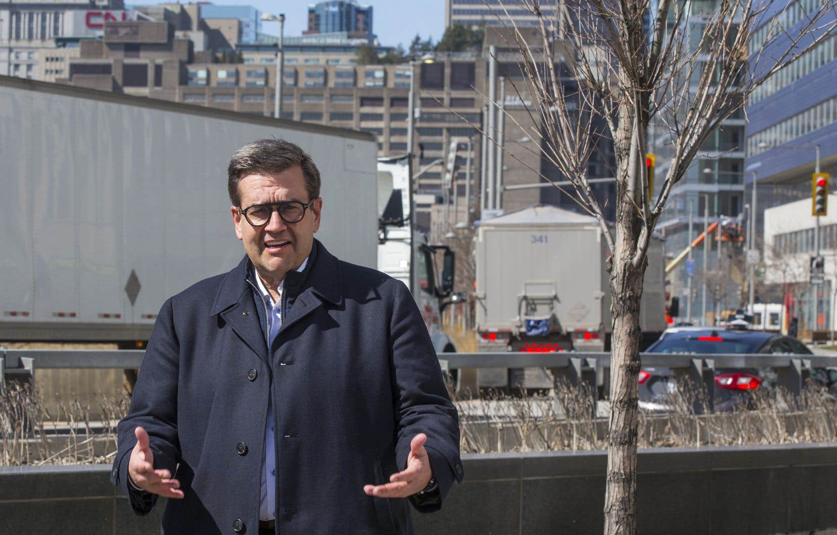 Denis Coderre a dit comprendre que les Montréalais n'aient pas envie de restrictions supplémentaires après s'être pliés aux règles sanitaires pendant plus d'un an.