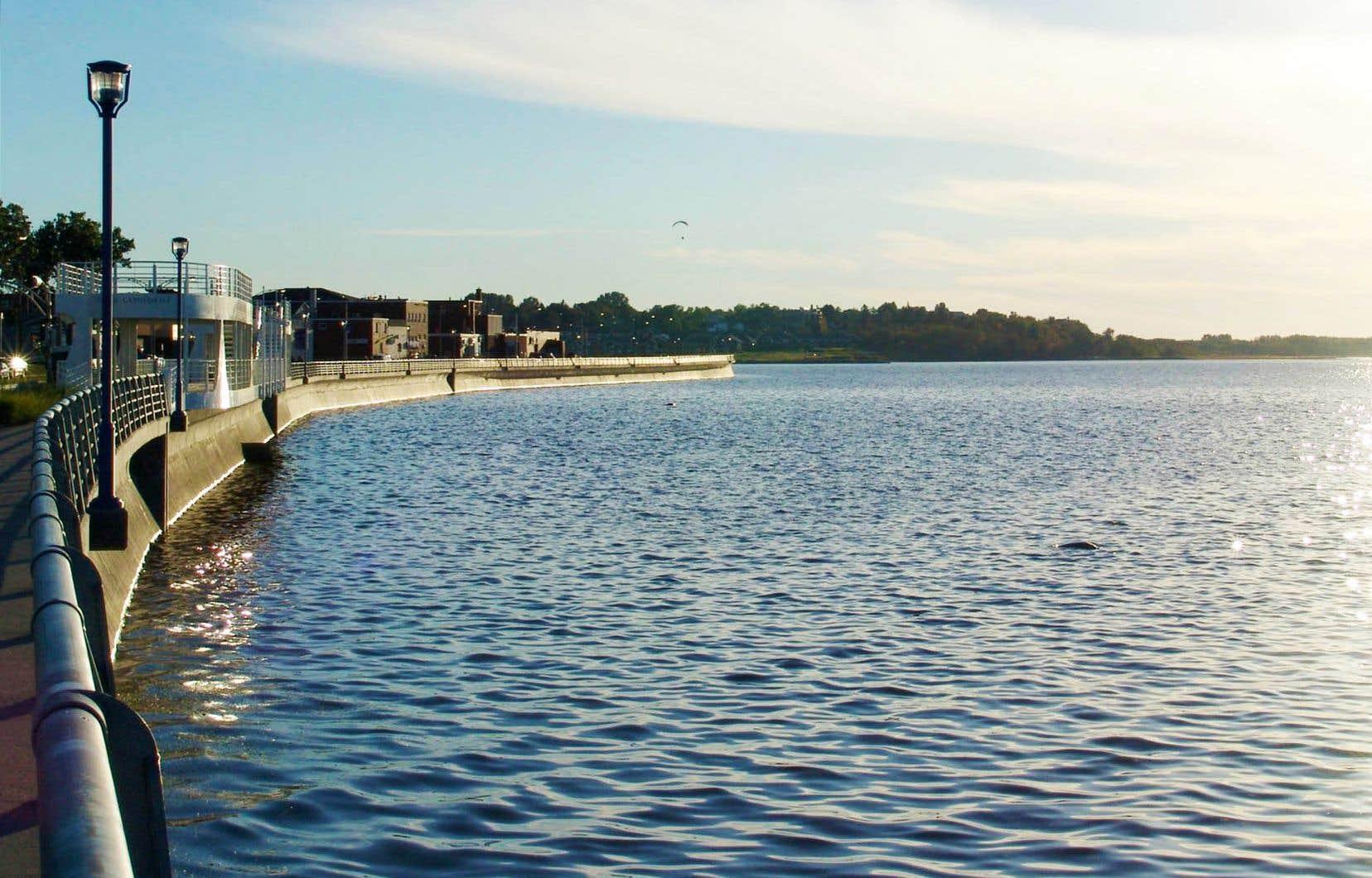 Rimouski peut tirer profit de l'attrait des gens pour le plein air et de sa proximité avec le fleuve. La municipalité est sur le point de franchir la barre des 50 000 habitants.