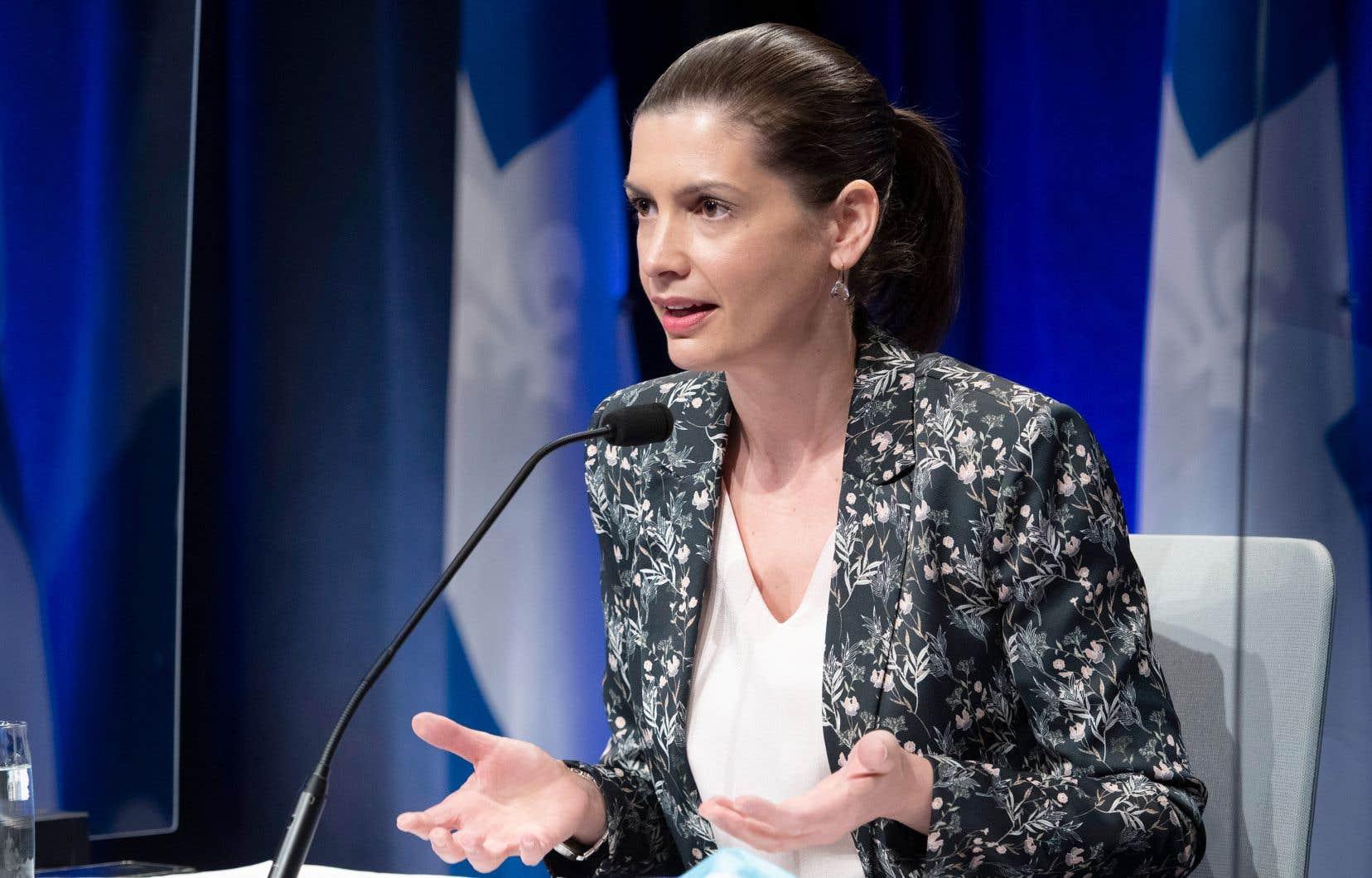 La ministre de la Sécurité publique, Geneviève Guilbault, prévoit faire d'autres annonces sur la lutte contre l'exploitation sexuelle des mineurs avant l'automne.