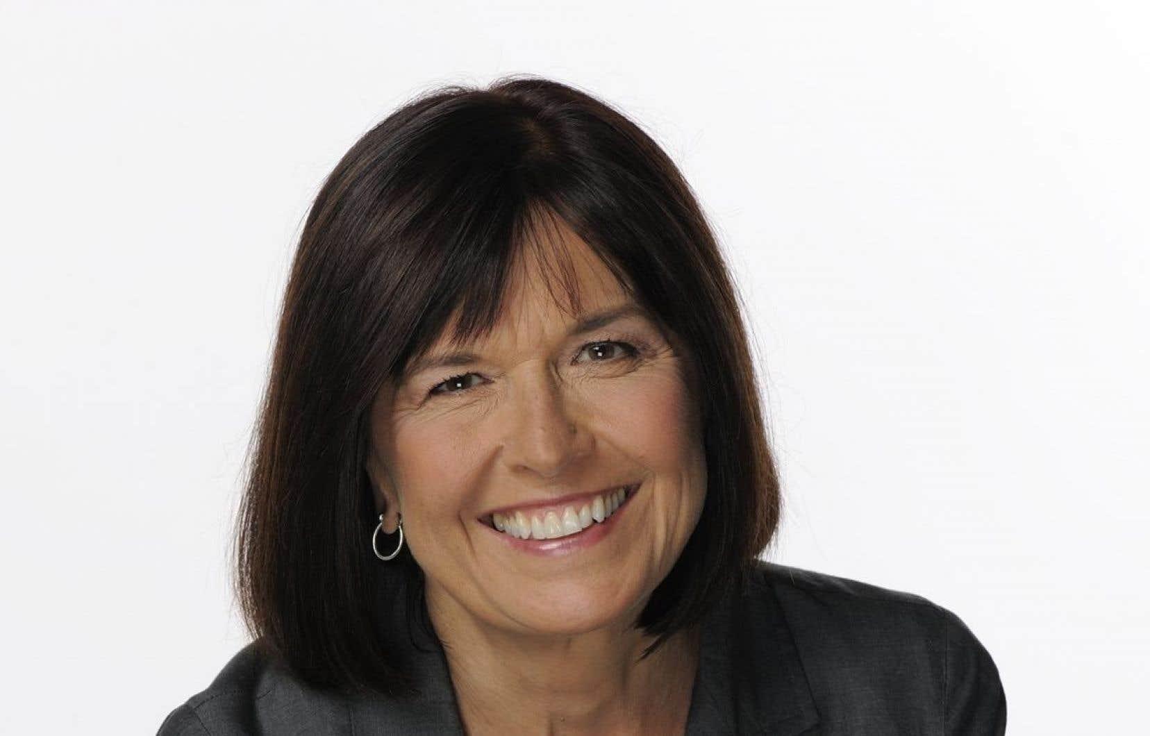 Anne Panasuk aa consacré une grande partie de sa carrière à documenter les enjeux autochtones notamment pour l'émission Enquête à Radio-Canada.