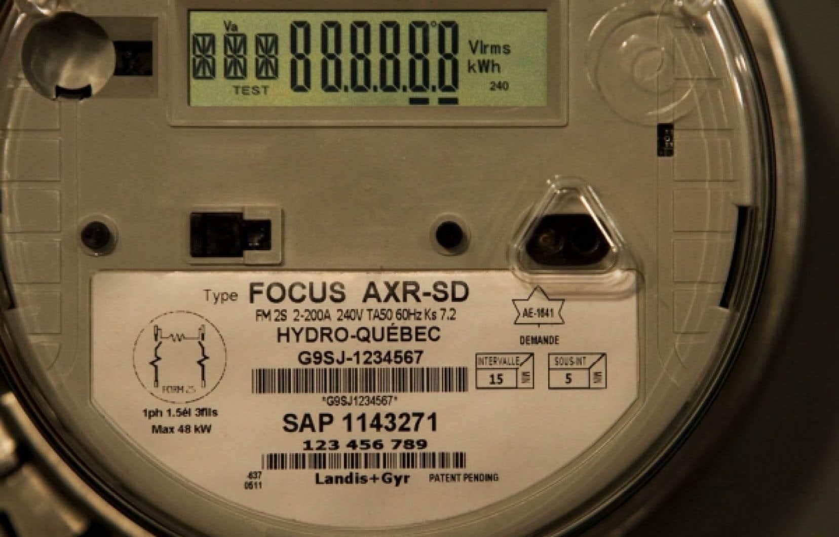 Chaque compteur d'électricité fait rapport à un autre jusqu'à celui qui réunit les données et les achemine, comme un téléphone sans fil, à Hydro-Québec.<br />