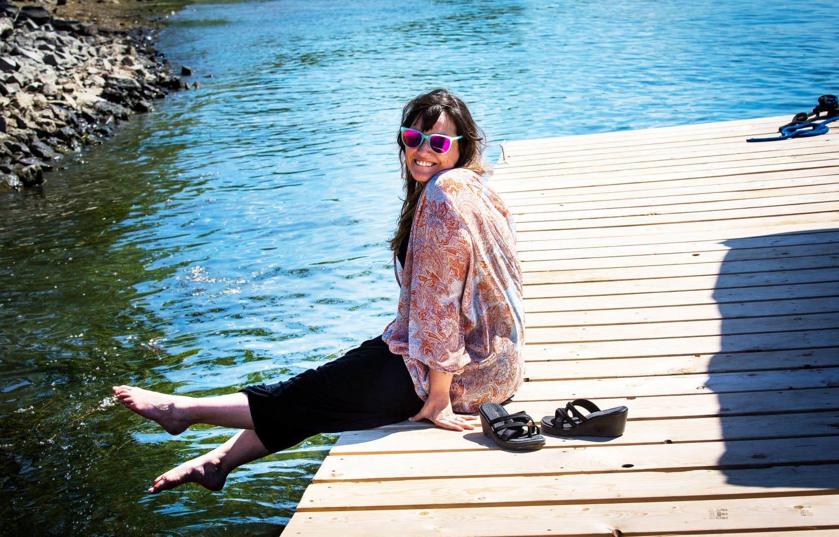 «Il y a une immédiateté dans la chanson surf qui me plaît profondément», explique Geneviève Binette.