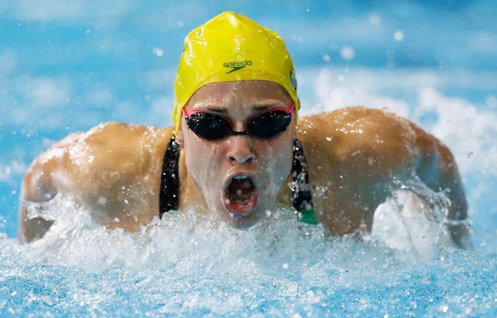 Maddie Groves, jeune femme de 26ans, est médaillée d'argent en 200 mètres papillon et en relais 4x100m aux Jeux de Rio de Janeiro en 2016.